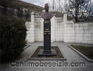 İsmail Gaspıralı Anıtı canli izle