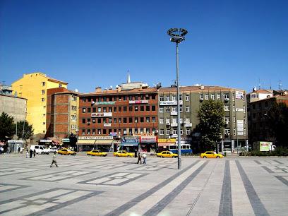 Kırıkkale Cumhuriyet Meydanı Uydu Görüntüsü ve Haritası