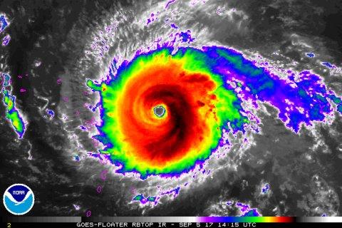 Irma Kasırgası Uydudan Canlı Yayın İzle