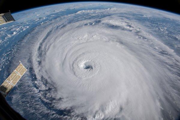 Florence Kasırgası Canlı Mobese Kamera İzle