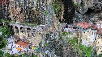 Trabzon Sümela Manastırı Havadan Kamera İzle